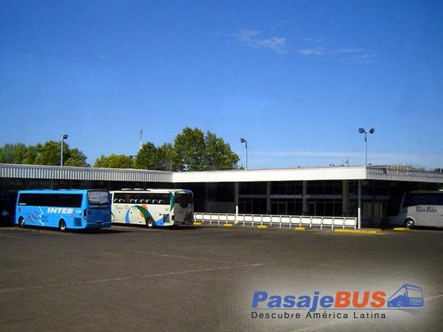en los terminales de chillán encontrarás muchos destinos con recorrido al norte, centro y sur de chile. cotiza y compra tus pasajes de bus en pasajebus.com
