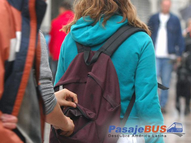 robo de una mochila - Pasaje Bus